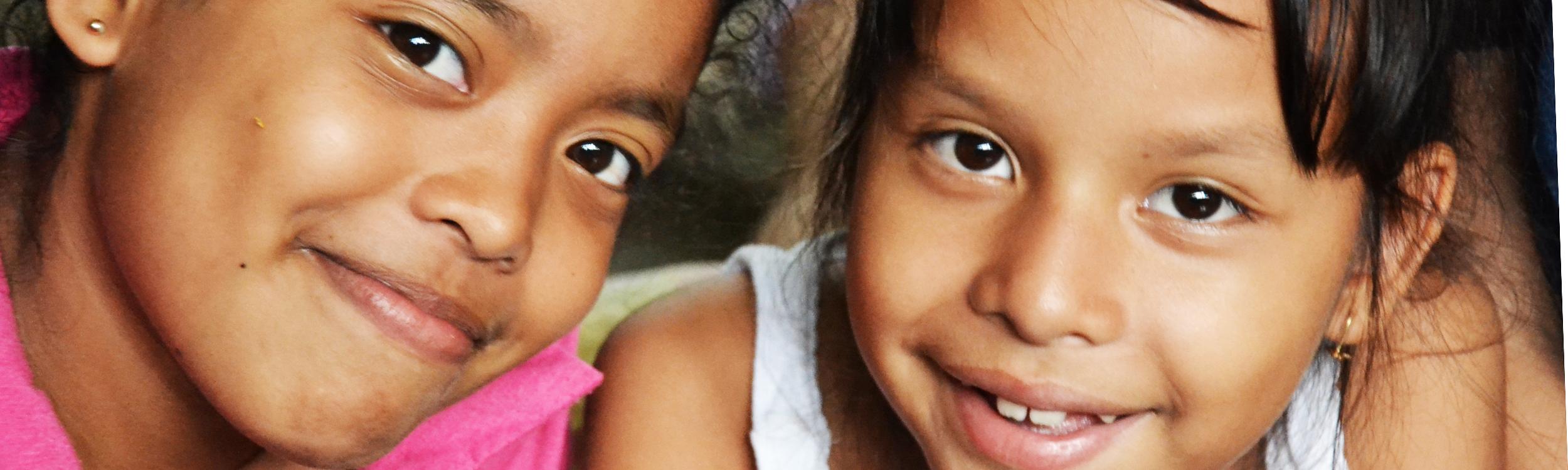 2 niñas